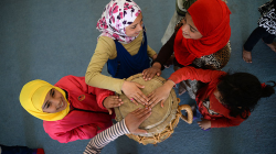 azraq_girls_play_drums.png